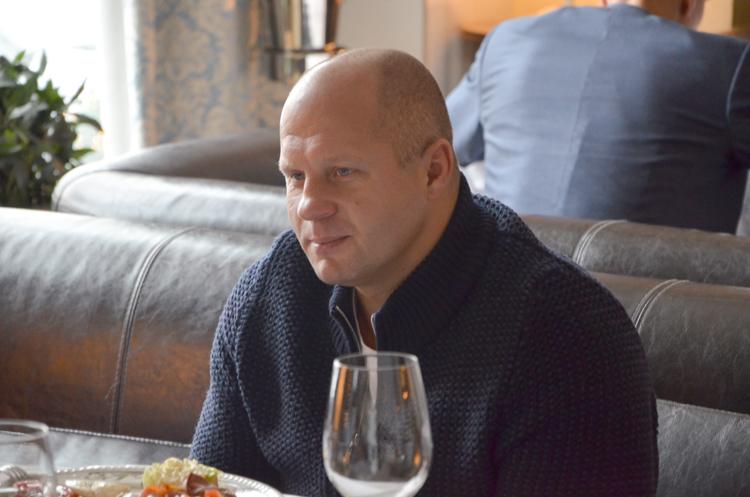 Федор Емельяненко пообедал с победителем акции «Твоя дорога на чемпионат»